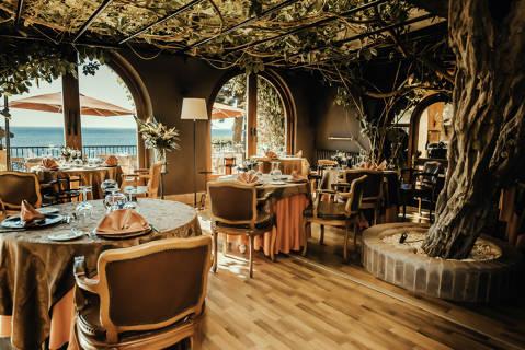 325ed-Restaurante_Privee.jpg